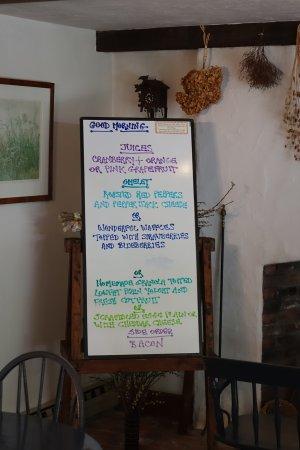 East Orleans, MA: A menu