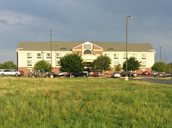 Country Inn & Suites By Carlson, Lubbock: From the front, near the highway