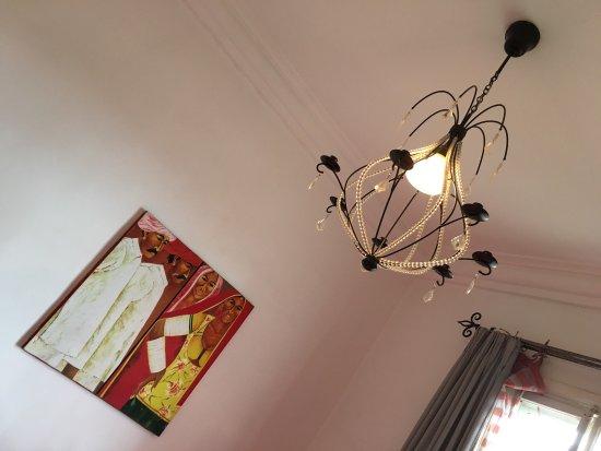Le Pavillon de l'Emyrne: Tranquilité et raffinement dans une bâtisse ancien style. Bienvenue à Tana 😃