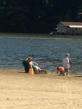 Lake Lure, Carolina del Norte: received_10156924663730198_large.jpg