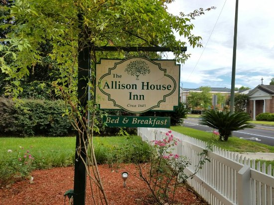 Allison House Inn: 20160615_173656_large.jpg
