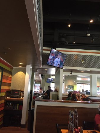 Dickinson, TX: Chili's Grill & Bar