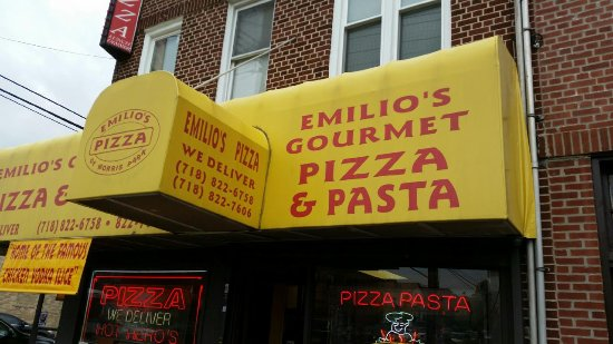 Photo of Restaurant Emilio's at 1051 Morris Park Ave, Bronx, NY 10461, United States