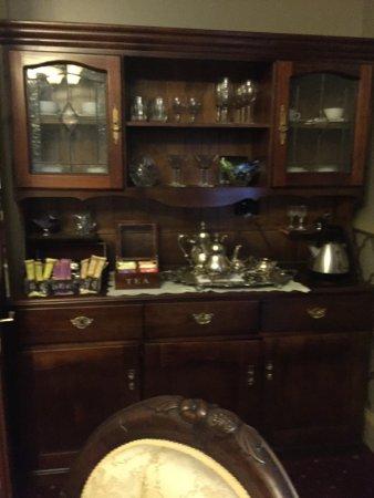 Bli Bli House Luxury Bed and Breakfast: Tea Room