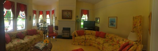 King's Victorian Inn Bed and Breakfast: photo3.jpg