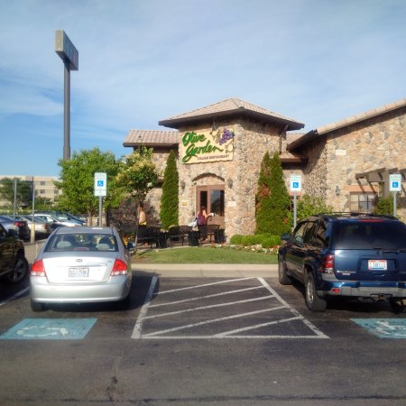 Olive garden dayton 6722 miller ln restaurant reviews phone number photos tripadvisor for Olive garden miller lane dayton ohio