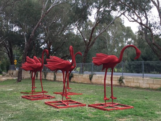 Middle Swan, Australia: A relaxing meander into outdoor creativity.
