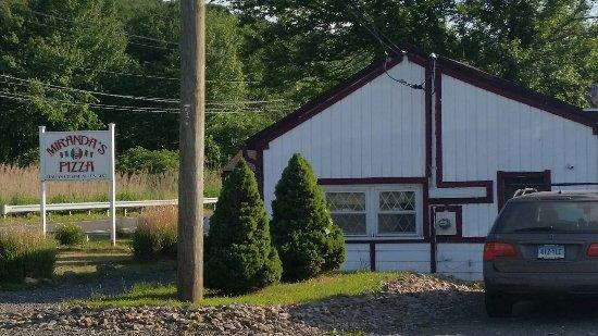 Southbury, CT: Miranda's Pizza and Restaurant