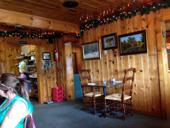 Lost River, WV: one of dinning rooms