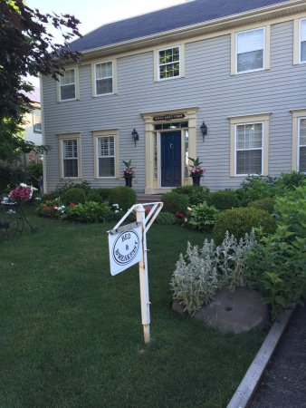 Eagle's Wing Bed and Breakfast