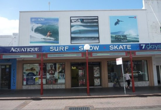 Nowra, Australien: Aquatique is a local and independent surf chain in the Shoalhaven region