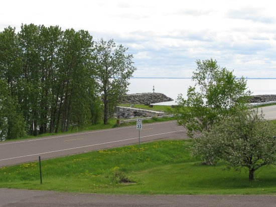 Cape Superior Inn: View out the south west side.
