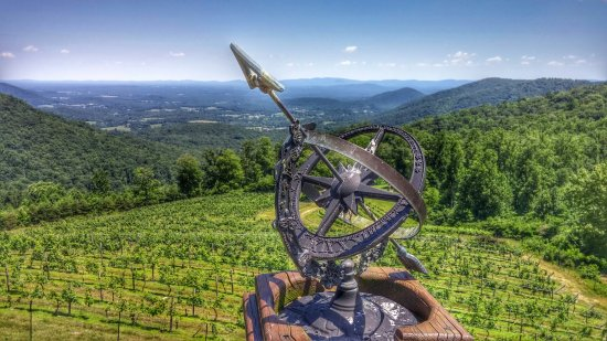 Stone Mountain Vineyards: 0618161410b_HDR~2_large.jpg