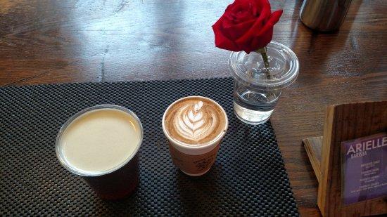 Thirty-Thirty Coffee Co.: nitro cold brew, meil latte
