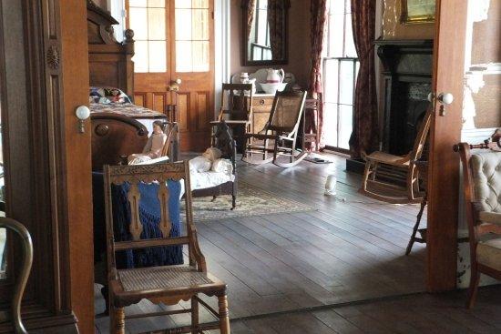 Beauvoir: Inside The Jefferson Davis Home.