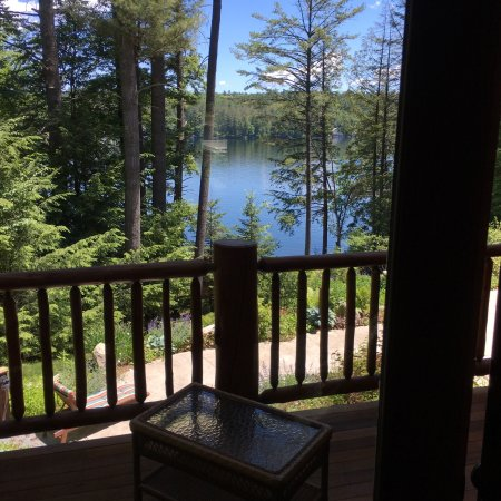 Chestertown, Nowy Jork: From our room to vegetation to the views, beautiful Adirondack Stay