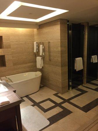 Hilton Beijing Wangfujing: photo4.jpg