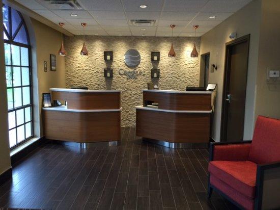 Comfort Inn Bonita Springs: Lobby Front Desk
