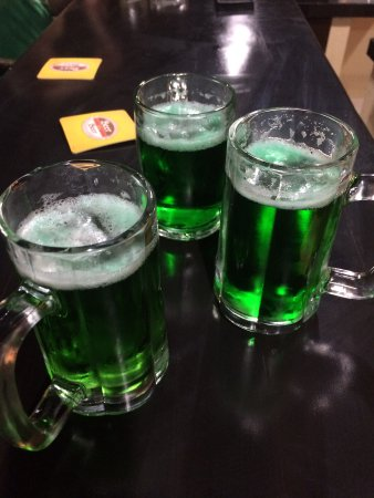 Badi's Bar