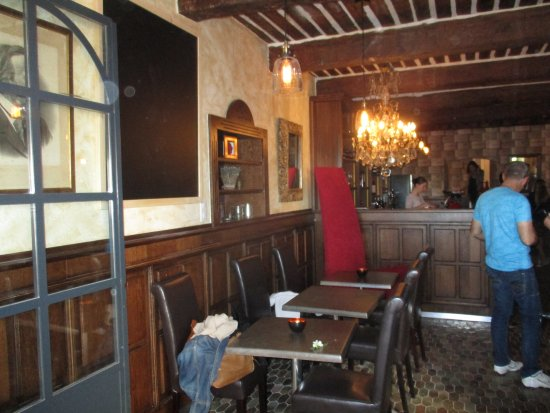 The interior is very cosy and welcoming