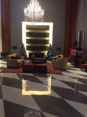 Oakwood Premier Cozmo Jakarta: холл