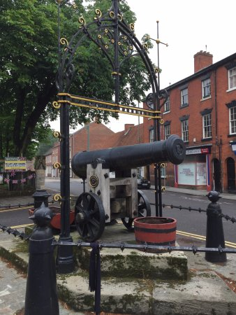 The Sebastopol Cannon
