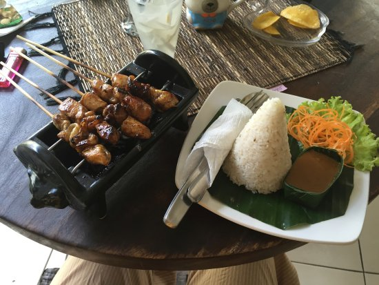 Sehati Guesthouse: Brochette