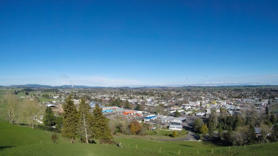 Tokoroa, as viewed from Colsons Hill.