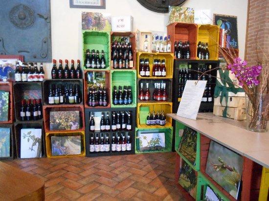 Formigine, Itália: bottiglie!