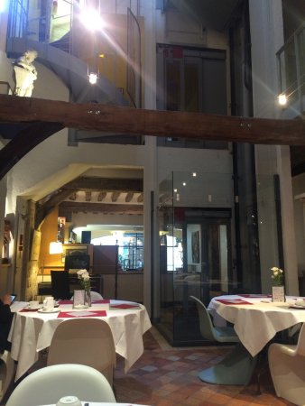 Hotel du Jeu de Paume : Love this hotel. It's so interesting on the inside.