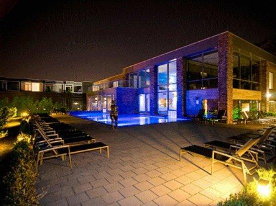 amrath-hotel-born-sittard-thermen-aanzicht_large.jpg