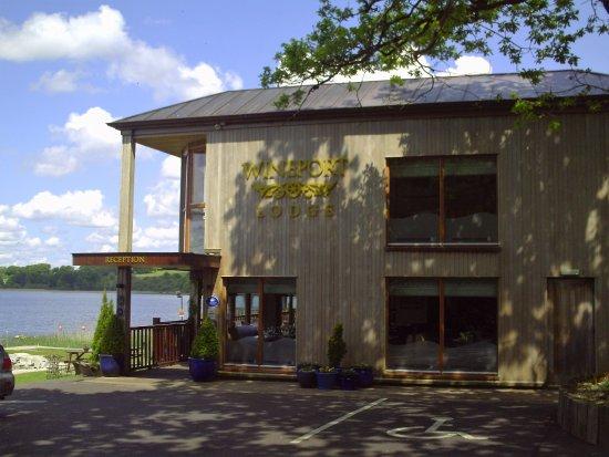 Wineport Lodge: Hotel Entrance