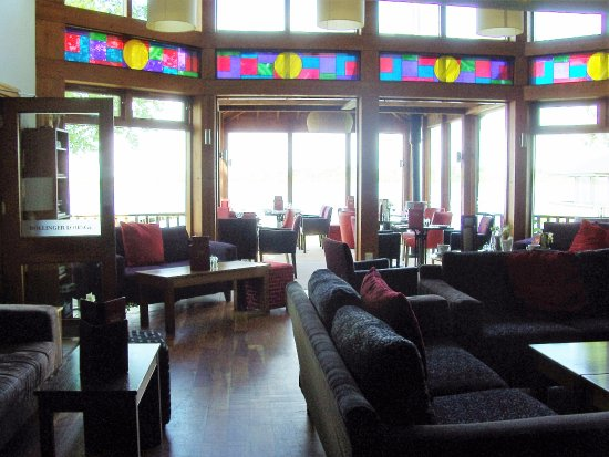 Wineport Lodge: Bar Area