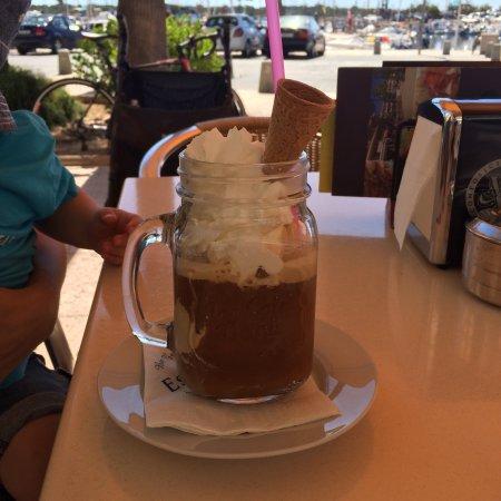 Cafeteria Es Port: photo0.jpg