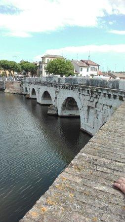 The Tiberius Bridge : Ponte di Tiberio