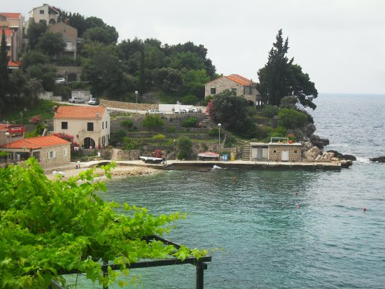 Villa Lanterna: the beach