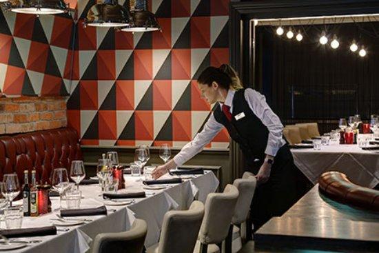 Best Western Premier East Midlands Airport Yew Lodge Hotel : Marco's