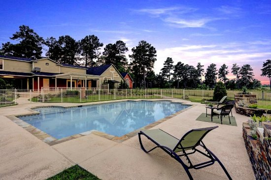 Maple Creek Bed And Breakfast Tomball