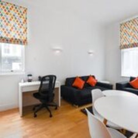 Notting Hill Apartments by Bridgestreet: Lounge Area One Bed Apartment