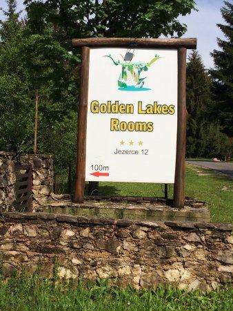 Golden lakes rooms b b jezerce croatie voir les for Site pour trouver hotel