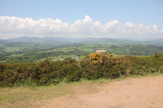 Avoca, Ireland: Looking north towards Dublin from the Mottee stone