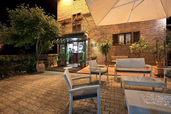 Hotel Arcobaleno: L'hotel di notte