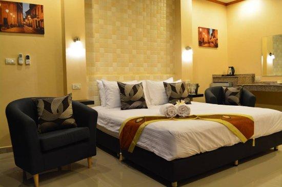 4Palms Resort
