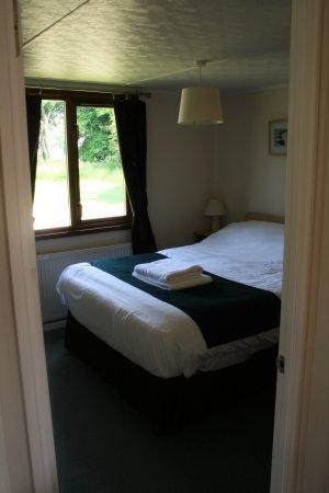 Horham, UK: Athelington Lodge bedroom
