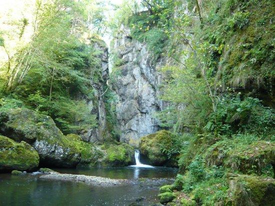Vic-sur-Cere, França: Le Pas de Cère, Espace naturel sensible