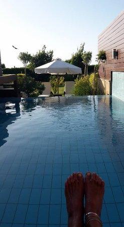 Amathus Elite Suites: Private Pool
