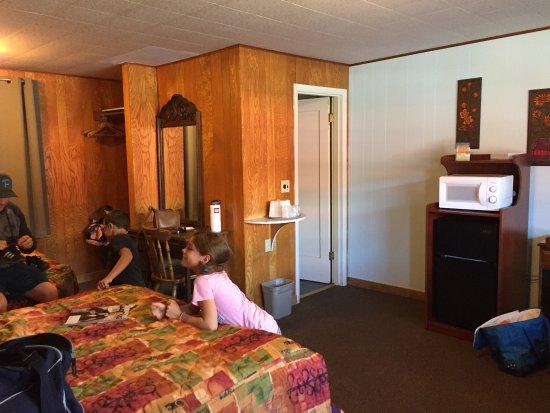 Wild Chinook Inn Image