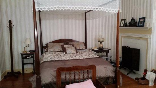 Cashtown Inn: A. P. Hill room