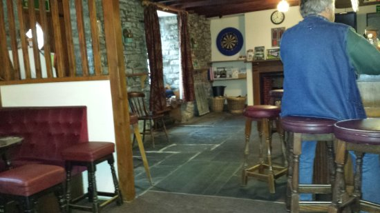 Llanddewi Brefi, UK: The New Inn bar
