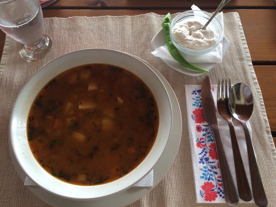 Miercurea-Ciuc, Румыния: Hungarian Gulas - huge portion!